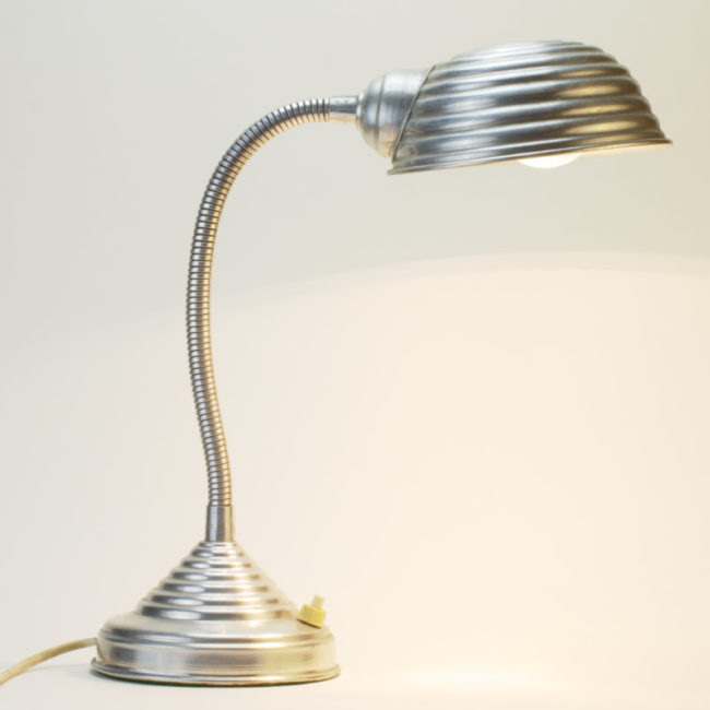 Alu Schwanenhals Lampe Art Deco  home of vintage