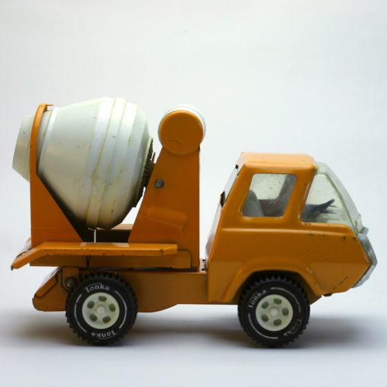 Tonka Zement Mischer Truck von der Seite
