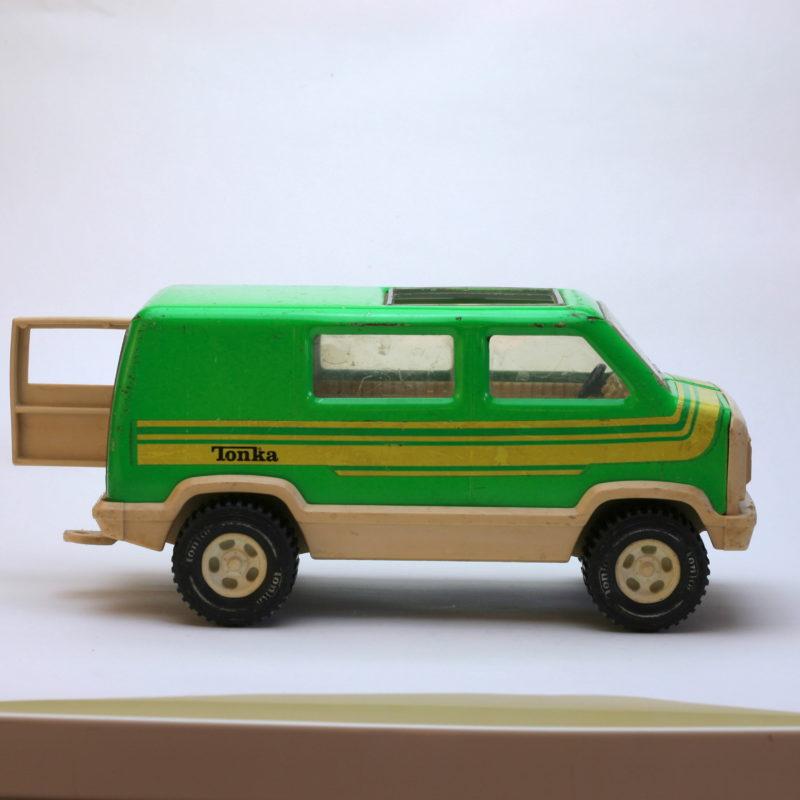 Tonka Van grün Seite mit Hecktür