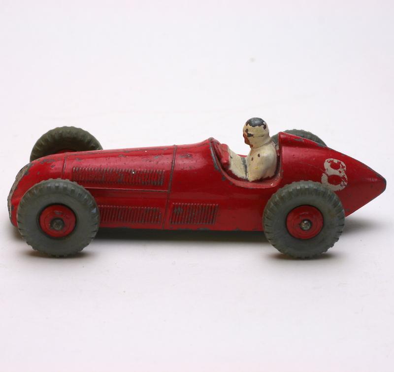Dinky Toys 232 Alfa Romeo linke Seite