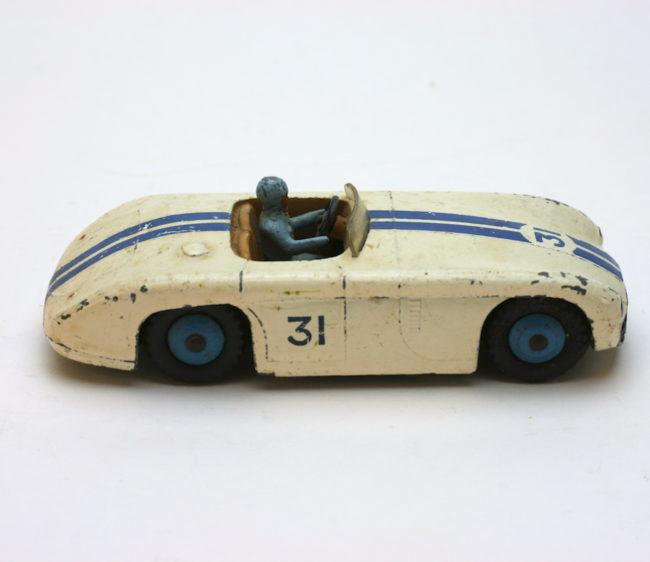 Dinky Toys 133 Cunningham C-5R  home of vintage