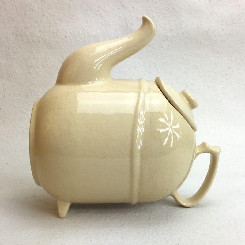 ronnefeldt kippkanne teekanne elfenbein selten liegend