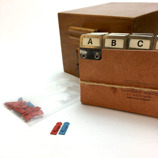 Kontor Karteikasten Holz A7 mit Metallgriff und Register  home of vintage
