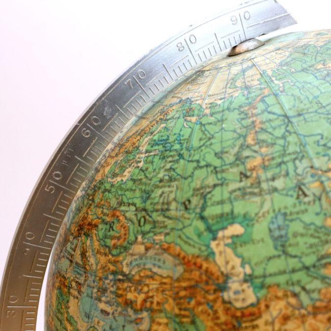 Globus Erde Tischglobus Papier Druck topografisch 22 cm  home of vintage